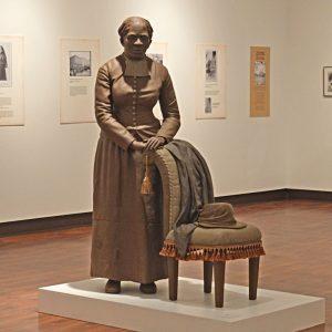 harriett-tubman-statue