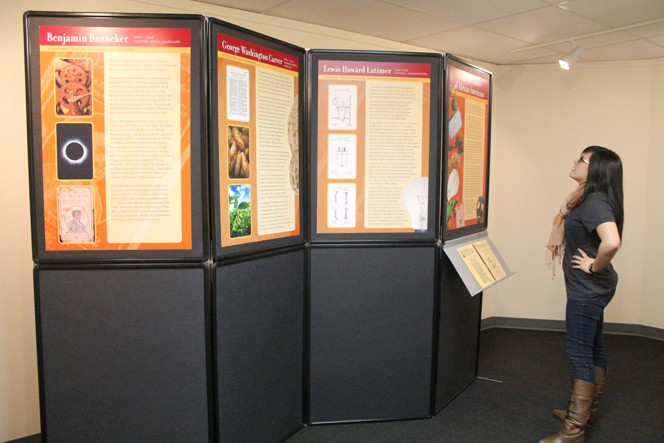 traveling-exhibits